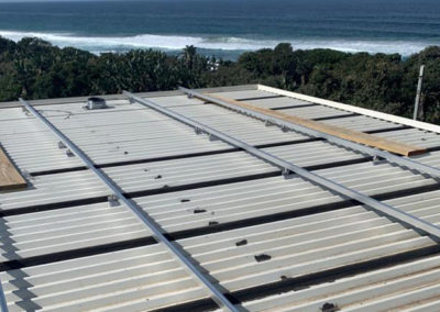 thula-moya-energy-solutions-wind-sun-water-blog-renewable-energy-agriculture_0003_solar-panels-installation-mounting-fra